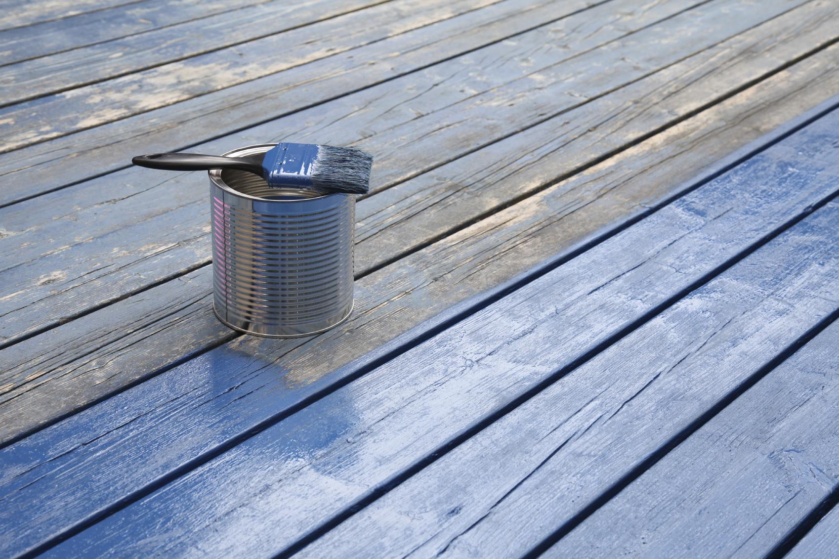 Holzfußboden Lackieren ~ Holz metalle oberflächen: so lackieren sie richtig » 11880 maler.com